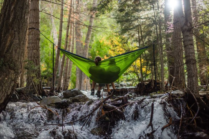 the best hammock underquilts in 2018 for every outdoor adventure the best hammock underquilts in 2018  the perfect hammock insulation  rh   arborexplorer